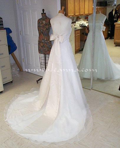 Wedding Dress Bustle: Bustles